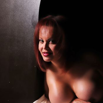 TS Carmen nackt im Portrait