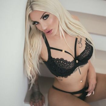 Gina Kiss